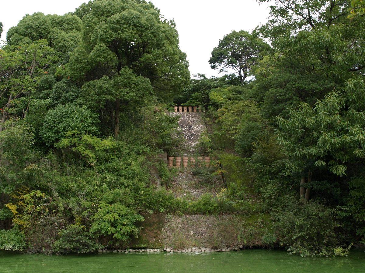 黒姫山古墳の復元された埴輪列